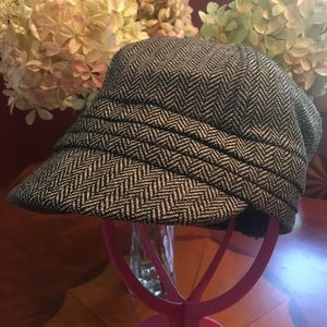 D&Y Baker Boy hat with elastafit